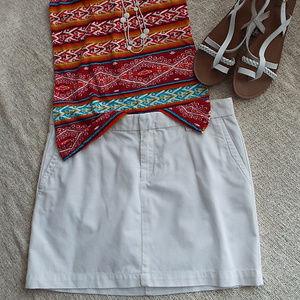 SUPER CUTE! Gap White Chino Mini Skirt Size 6